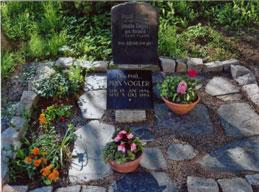 Grab auf dem Lunzenauer Friedhof