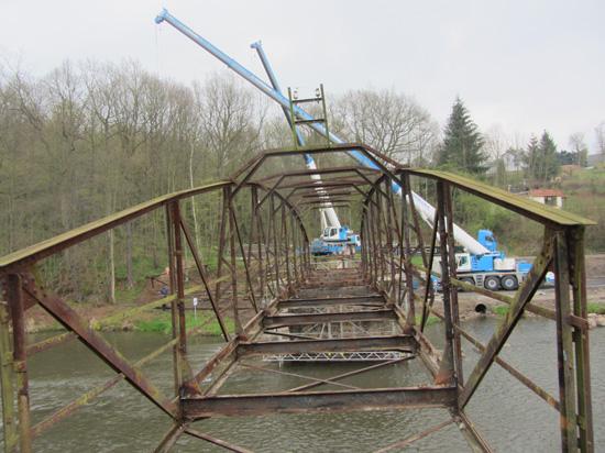 Rückbau der alten Brücke